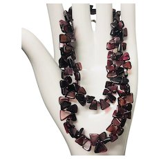 Lovely Carved Triangle Garnet Beaded Necklace 18.5""