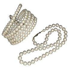 Beautiful Multi Strands White Colour Faux Pearl Bracelet and Necklace Jewelry Set