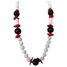 PAULINE RADER Red White Black Beaded Necklace Vintage