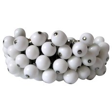 White Milk Glass Cha Cha Expandable Bracelet Vintage