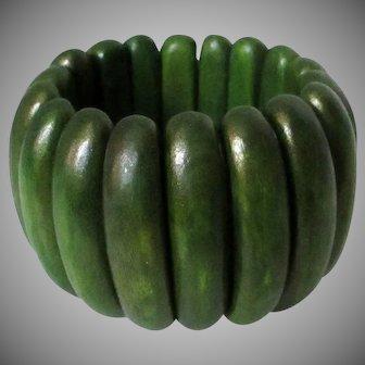 Green Chunky Wooden Rounded Slats Elastic Bracelet Vintage