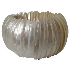 Shell MOP Wide Expandable Bracelet Vintage