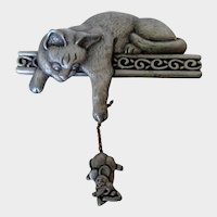 JJ Cat and Mouse Pewter Pin Vintage