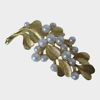 Leaves and Faux Pearl Gold Tone Brooch Vintage