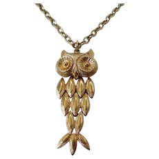 Avon 1970's Articulated Owl Necklace Vintage