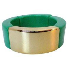 Kelly Green Gold Tone Wide Plastic Expansion Bracelet Vintage