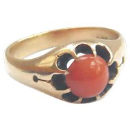 Victorian 15ct Gold Coral Buttercup Ring