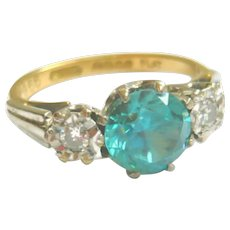 Vintage 18ct Gold Blue Zircon & Diamond Ring
