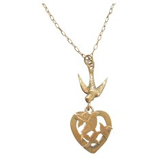 Edwardian 9ct Gold Swallow Heart Necklace