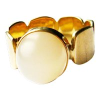 Vintage 1970s 9kt Gold Mother of Pearl Ring