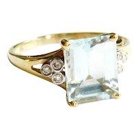 9kt Gold Pale Aquamarine & Diamond Ring