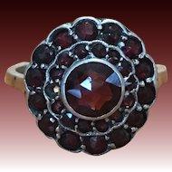 Vintage Bohemian Garnet ring in 835 silver