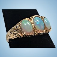 Victorian three opal 14 kt gold ring