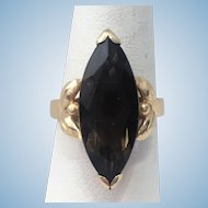 Vintage 14 kt marquise Smokey quartz ring