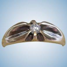 Vintage 10 kt engagement ring