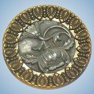 Vintage 2 tone poppy button 1.5 inch
