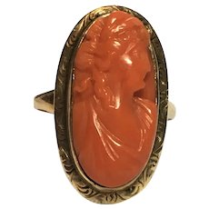 Victorian 18 kt gold scarlet coral cameo ring