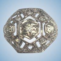 Antique Edwardian 14 karat and diamond ring