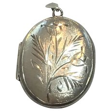 Vintage British sterling silver hand engraved locket
