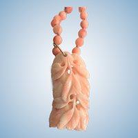Vintage coral necklace with coral carving