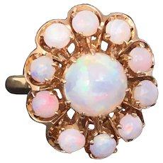 Vintage 14 karat gold Opal cluster ring