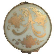 Limoges Decor main Limoges France trinket box