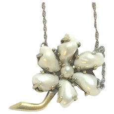 Vintage freshwater pearl flower pendant on 18 inch chain