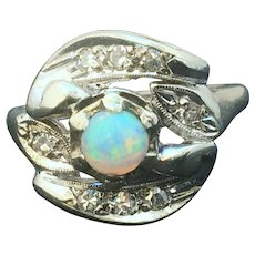 Opal and diamond 14 K vintage ring