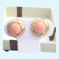 Pink Coral round pierced earrings in 14 KT