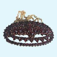 Vintage Bohemian garnet necklace