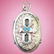 Victorian 14 karat gold turquoise locket