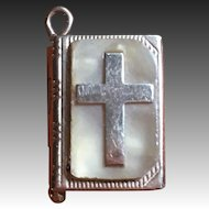 """Vintage 14 kt """"Our Lords Prayer"""" book charm"""