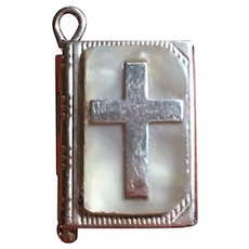 "Vintage 14 kt ""Our Lords Prayer"" book charm"