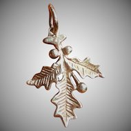 Holly leaf and berry 14 kt charm