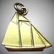"Vintage 10 kt yacht ""Edlu"" Charm"