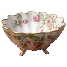 Limoges fluted strawberry bowl with pink cabbage rose design