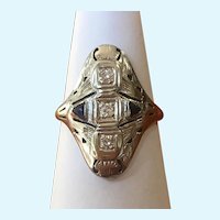 Vintage Art Deco 14 karat white gold sapphire and diamond ring circa 1920