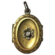 Vintage Locket with foil back gem