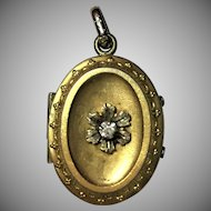 Vintage Locket with foil back gem