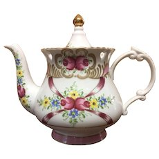 Sorelle porcelain Teapot with roses, gilding and heart cut outs