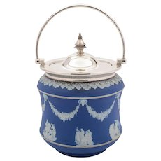China Wedgwood Biscuit Barrel, Circa 1905