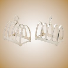 A Nice pair of Silver Toast racks - Sheffield 1940