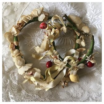 French Vintage Set: Necklace and Bracelet,Fabric Wax Flowers and Composition Fruits .