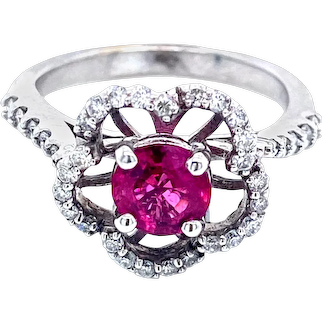 Pink Spinel Flower Ring in 14k White Gold Pink Spinel Flower Ring in 14k White Gold