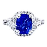 Dazzling Ceylon Sapphire and Diamond Ring