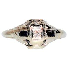 Art Deco .25tcw Blue Sapphire & Diamond 14kt White Gold Ring