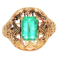 Detailed Neon Treasure 2.44ct Colombian Emerald 10kt Yellow Gold Ring