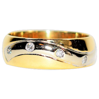 Tremendous Two-Tone .20tcw Diamond 14kt Yellow & White Gold Wedding Band