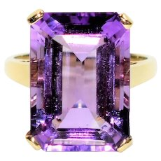 Massive Majestic 15ct Siberian Amethyst 10kt Yellow Gold Solitaire Ring