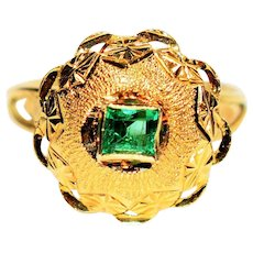 Dazzling Detailed .40ct Untreated Colombian Emerald 18kt Yellow Gold Ring